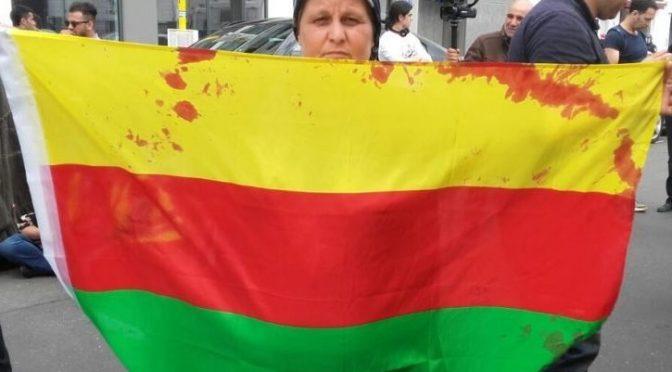 Die blutige Fahne von Rojava