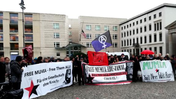 Free Mumia – Kundgebung am 37. Haftjahrstag in Berlin